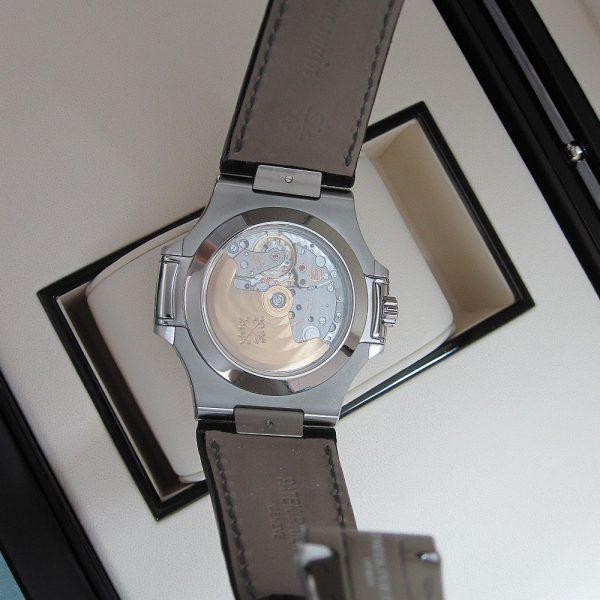Patek Philippe Nautilus 5726/1A-001 Grey Leather-lookalike